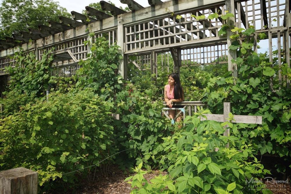 Betsabeth mechato de la cruze au jardin botanique de montr al for Au jardin de fanny montreal