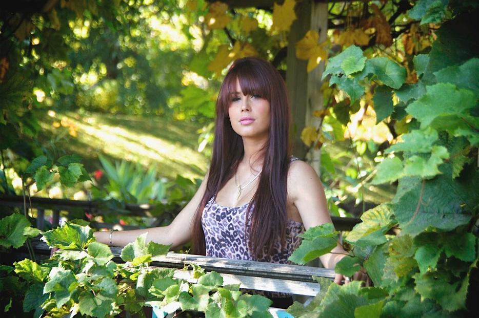 S ance photo avec jade lecler au jardin botanique de montr al for Au jardin de fanny montreal