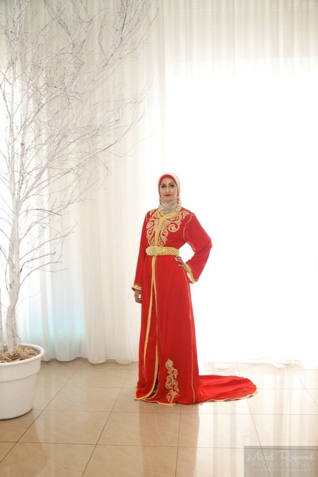 Robe-rouge-oriental-pour-mariage